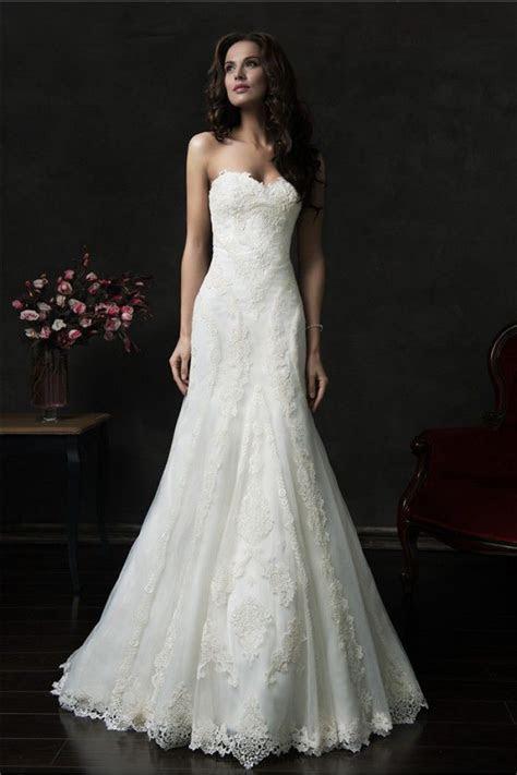 1000  ideas about Wedding Dress Buttons on Pinterest