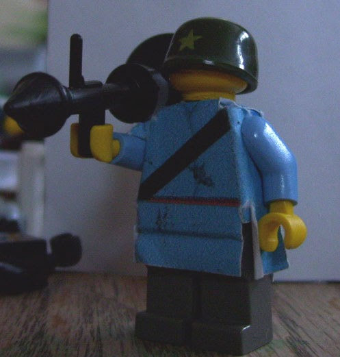 Half Jacket 2 0 >> TEAM FORTRESS 2 LEGO: Meet the Soldier