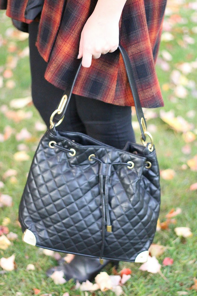 Living After Midnite: mark. Avon Oh Couture Handbag
