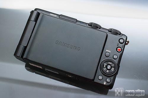 Samsung_EX1_Exterior_09