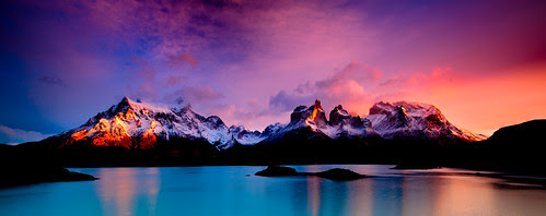 Cuernos del Paine at sunrise (HDR)