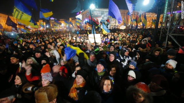 Demonstrators take to the streets in the center of Kiev on Thursday, November 28.