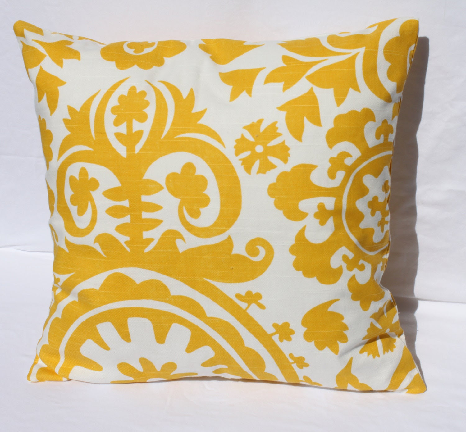 Throw Pillow Yellow : Decorative Pillows Yellow fa123456fa