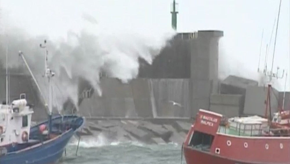 Resultado de imagen para desastres naturales marinos