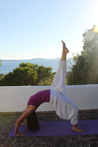 yoga mama december 2012