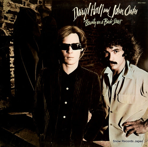 HALL, DARYL & JOHN OATES beauty on a back street