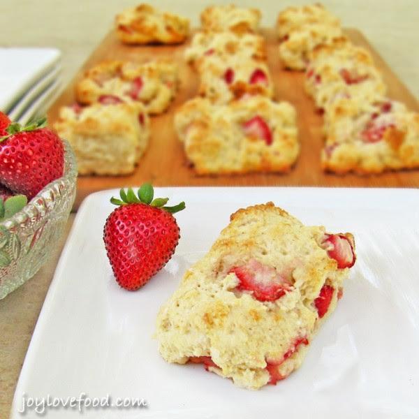 Strawberry-Shortcake-Scones-5-26