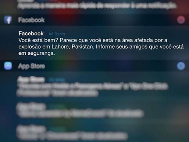 Usuários brasileiros do Facebook receberam falso alerta do status de segurança após explosão no Paquistão (Foto: Reprodução/Facebook)