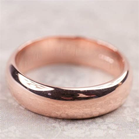 simple handmade mens wedding ring in 9ct or 18ct gold by