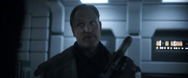 Tobias Beckett (Woody Harrelson) has words of wisdom for Han Solo in SOLO: A STAR WARS STORY.
