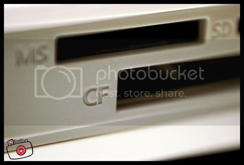 CF-card-slot-in-canon-selphy