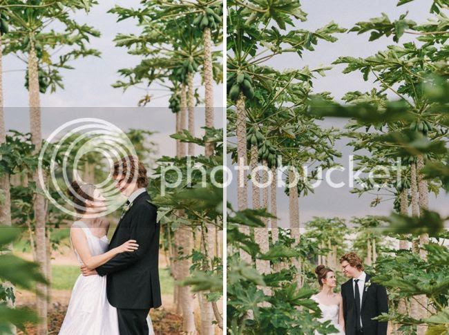 http://i892.photobucket.com/albums/ac125/lovemademedoit/welovepictures%20blog/BushWedding_Malelane_043.jpg?t=1355997443
