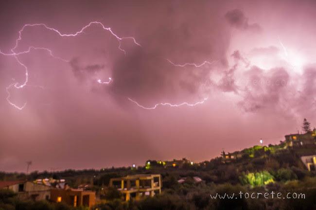 Картинки по запросу фото шторм на острове Крит