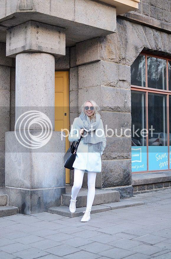 photo Valkoisetfarkut002_zpsxrth5q2i.jpg