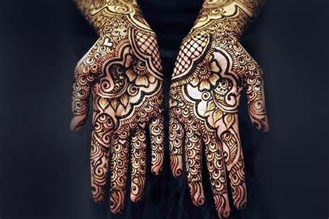 10 Latest Arabic Black Mehndi Designs You Can?t Miss!