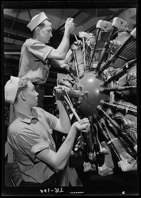 File:Aviation machinists mates at Navy Pier, Chicago