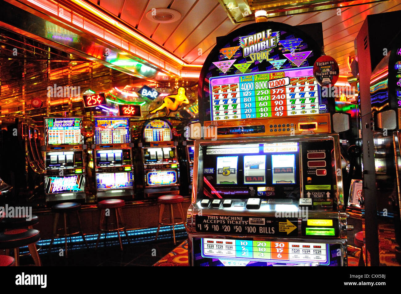 How to play slot machines on cruise ships