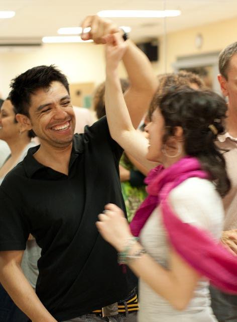 people dancing cartoon. MEXICAN PEOPLE DANCING CARTOON