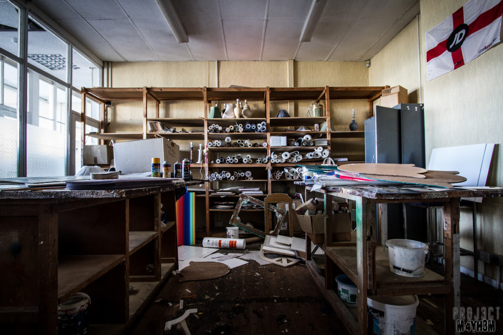 Urbex: Abandoned Wallpaper Warehouse and Store, Somewhere ...