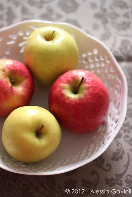 Mele. Apples. Pommes.