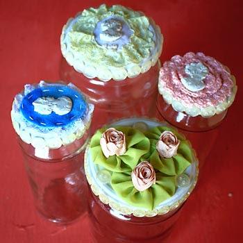 Reciclagem de potes de vidro decorados com tecido