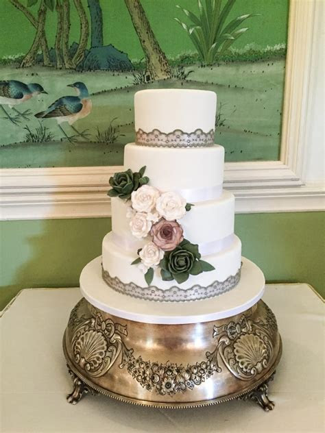 Fondant Wedding Cakes ? Kelly Lou Cakes