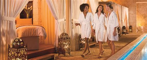 Complexions Saratoga & Albany Day Spas   Pampering with a