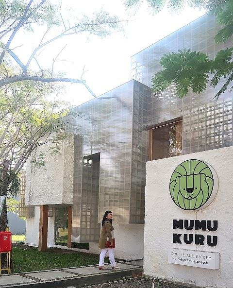 Mumukuru, Kafe di Surabaya Barat