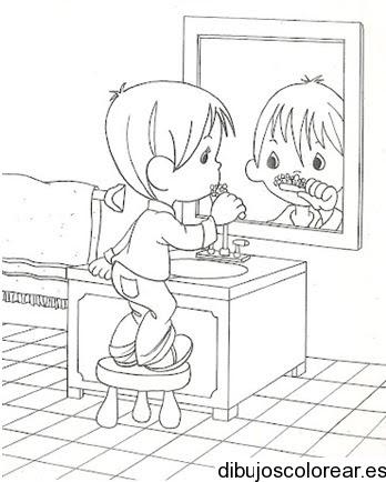 Dibujo De Niño Lavando Dientes