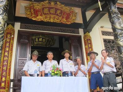 Chụ tọa đoàn trong lễ Khai mạc Ngày Hạnh - Hình PTTPGQT