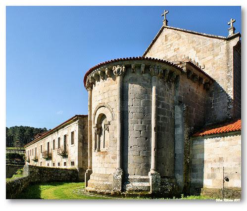Cabeceira românica do Mosteiro de Longos Vales #2 by VRfoto