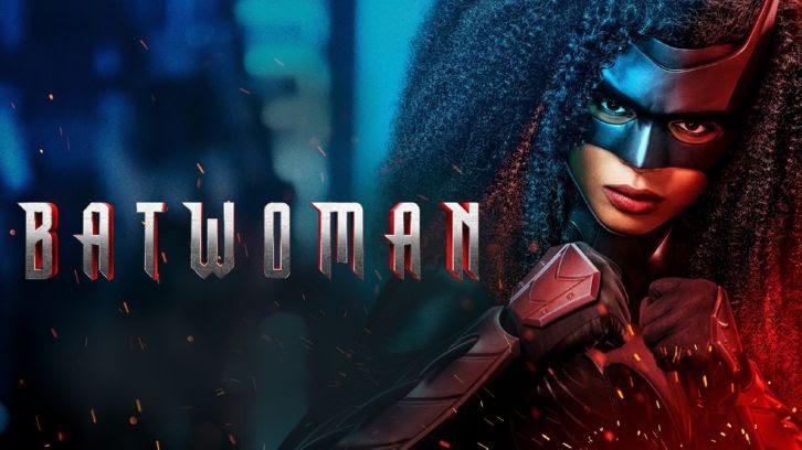 Batwoman - A Narrow Escape - Review Roundtable: Secrets Revealed
