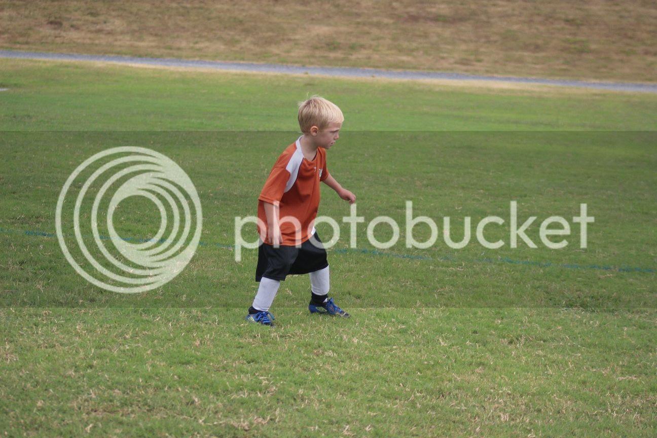 photo soccer10_zps809094e0.jpg