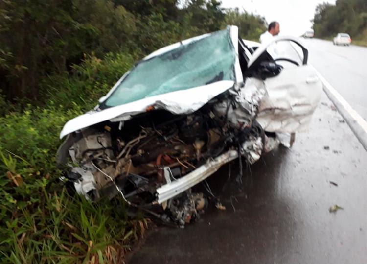 Colisão frontal entre dois veículos aconteceu no km 280 da BR 101 - Foto: Divulgação | Blog do Valente