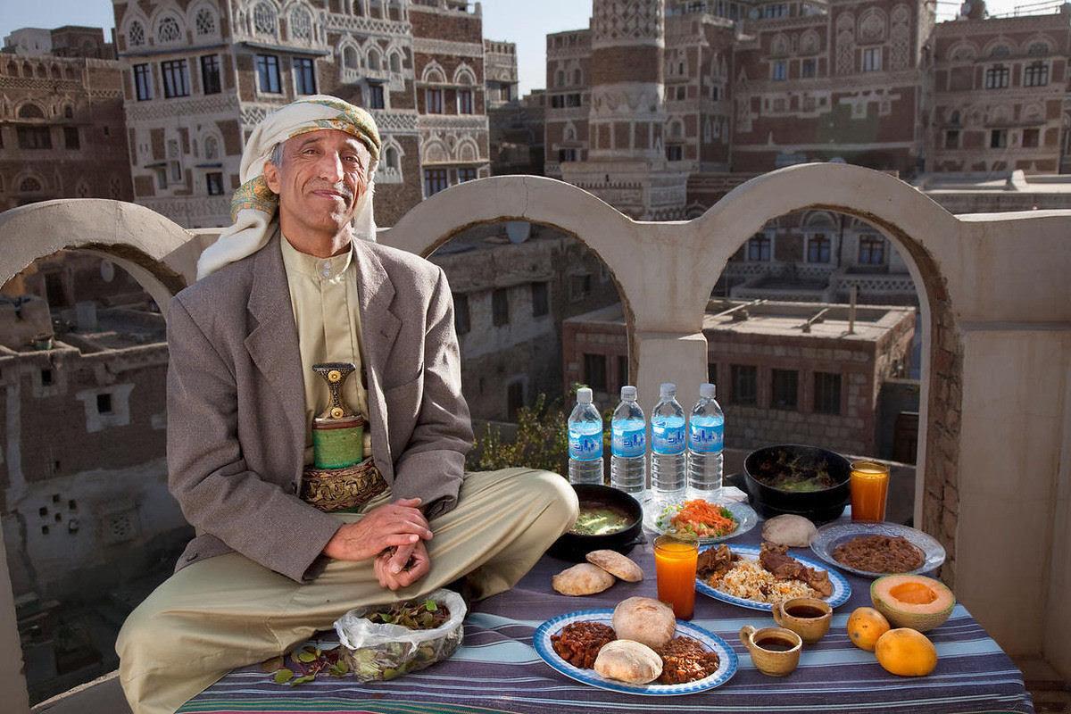 O que as pessoas comum comem nos diferentes países do mundo? 17