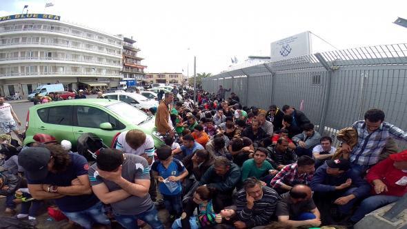 Αποτέλεσμα εικόνας για λαθρομετανάστες στην Λέσβο