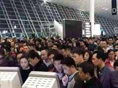 China Issues Red Alert To Deal With Chaos At Airport