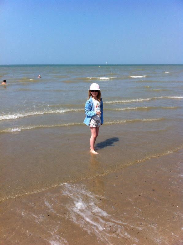 Marcher sur une plage belge