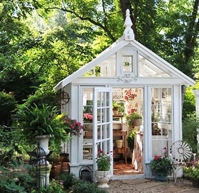 The Small House Movement and Tiny Living Spaces