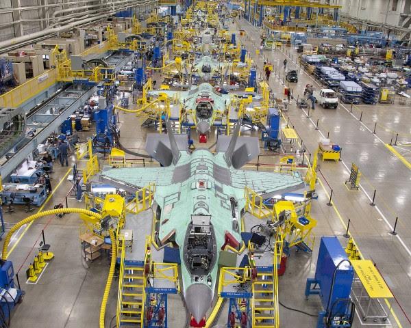 23 de noviembre 2011 área F-35 de la Asamblea sesión de fotos bimensual para