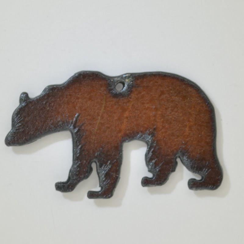 s44373 Stamped Metal Components -  Grizzly Bear - Rusted Iron (1)