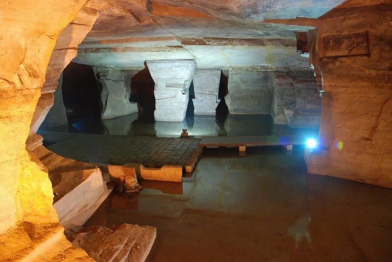 Resultado de imagem para cavernas de Longyou