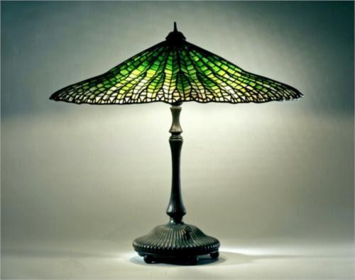 Library Lamp. Lotus, Pagoda design  - Louis Comfort Tiffany
