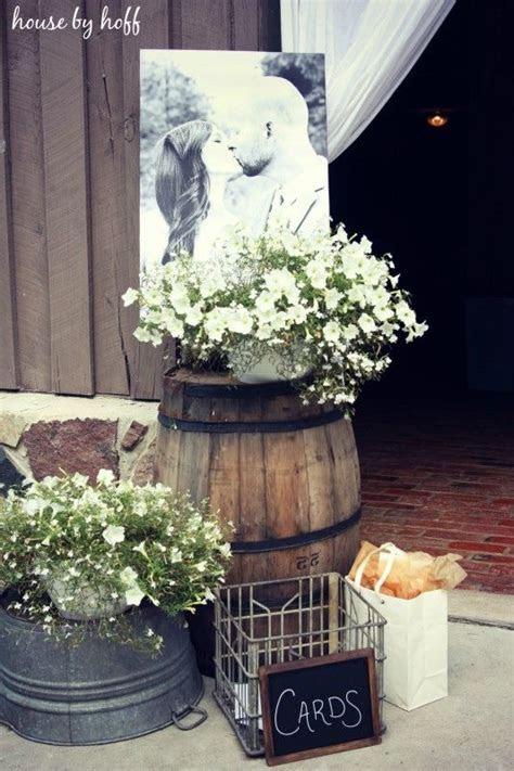 Easy Rustic Wedding Ideas   WeddingMix