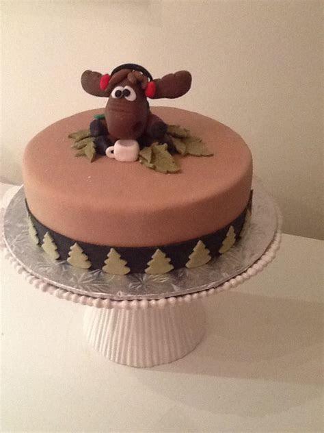 Moose themed cake! With fondant moose!   Cakes   Pinterest