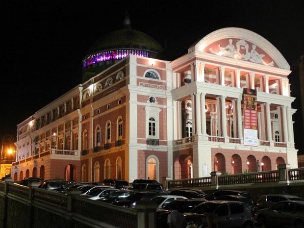 Durante abril e maio, Teatro Amazonas recebe o Festival de Ópera (Foto: Marcos Dantas/G1 AM)