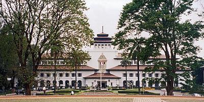 Resultado de imagem para List of agencies and cities of Indonesia