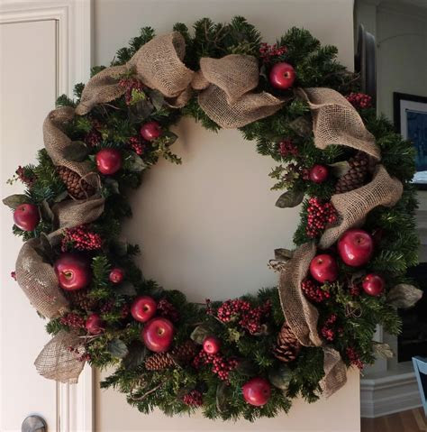 16 best images about Large Christmas Wreaths on Pinterest