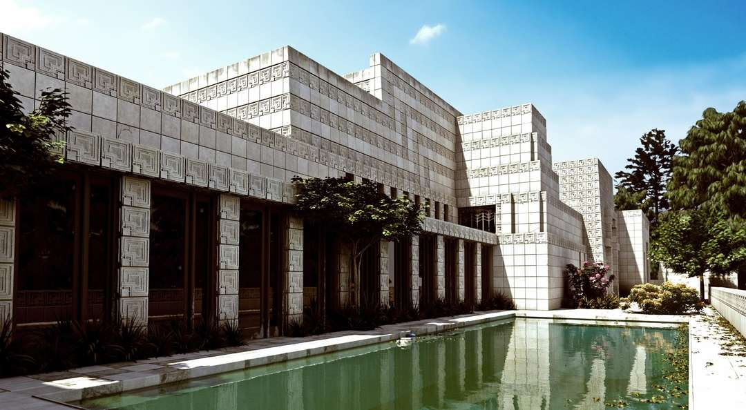 Ennis House, Los Angeles, 1924