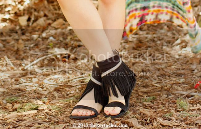 Koolaburra Zola black fringe sandals, L.A. street style